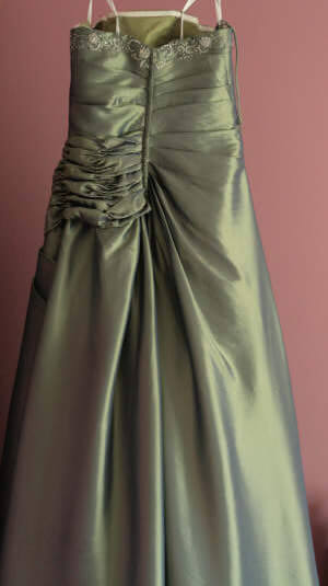 Size 12 dress | Second hand wedding dresses Bendigo - 2