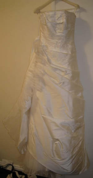 Pronovias – Size 10 Silk dress | Second hand wedding dresses Caulfield North - Size 10