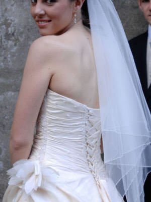 Size 8 dress | Second hand wedding dresses Epping - 2