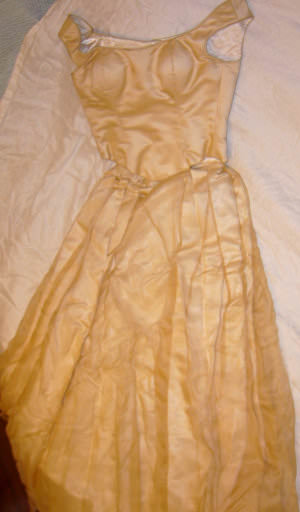 Sarah Devine – Size 14 DuchesseSatin dress | Second hand wedding dresses Lilyfield - 2