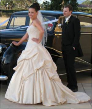 Maggie Sottero – Size 8 Satin dress | Second hand wedding dresses Clayton - 2