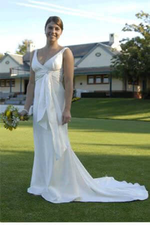 Jean Fox – Size 10 Satin dress | Second hand wedding dresses Annandale - Size 10