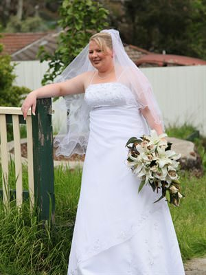 Size 16 dress | Second hand wedding dresses Lilydale - Size 16