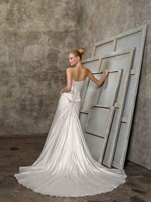 Mori Lee – Size 6 Satin dress | Second hand wedding dresses Bayswater North - 2