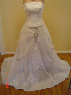 Size 8 dress | Second hand wedding dresses Hawthorn - Size 8