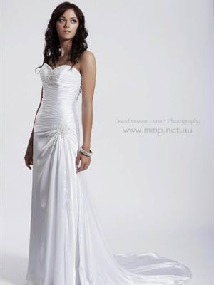 Maggie Sottero – Size 8 A-Line dress | Second hand wedding dresses Reedy Creek - Size 8