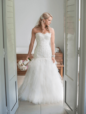 Essense of Australia – Size 10 A-Line dress | Second hand wedding dresses Morphettville - Size 10