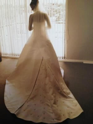 Maggie Sottero – Size 10 Satin dress | Second hand wedding dresses Earlwood - 2