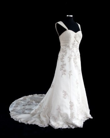 Lace dress – Size 14 Ball Gown dress | Second hand wedding dresses Safety Bay - Size 14