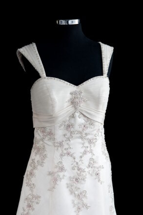 Lace dress – Size 14 Ball Gown dress | Second hand wedding dresses Safety Bay - 3