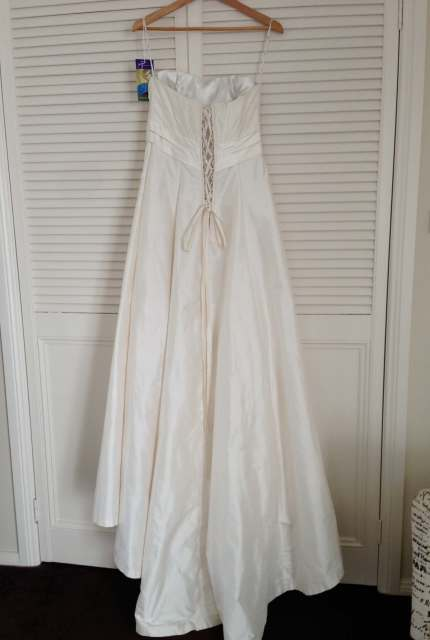 Jean Fox – Size 14 A-Line dress | Second hand wedding dresses Port Macquarie - 4