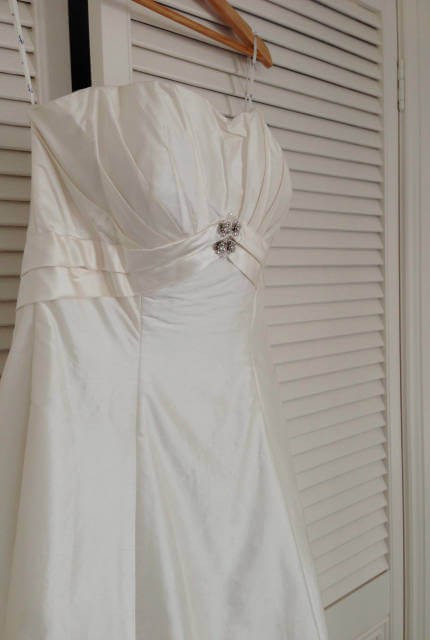 Jean Fox – Size 14 A-Line dress | Second hand wedding dresses Port Macquarie - 3