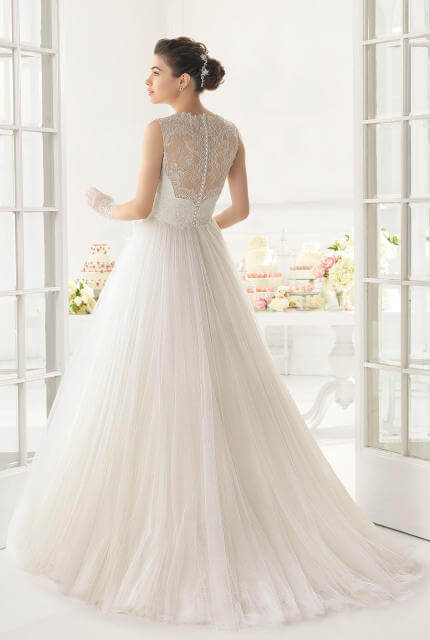 Aire Barcelona – Size 8 A-Line dress | Second hand wedding dresses Sydney - 2