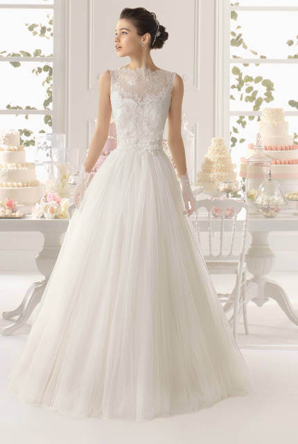 Aire Barcelona – Size 8 A-Line dress | Second hand wedding dresses Sydney - Size 8