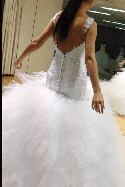 Peretti – Size 6 Fishtail dress | Second hand wedding dresses Wollert - 4