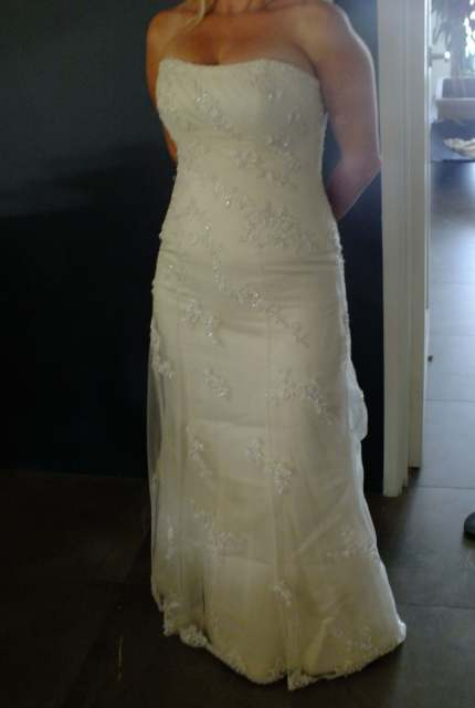 Maggie Sottero – Size 8 A-Line dress | Second hand wedding dresses tapping, perth - 5