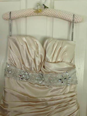 Maggie Sottero – Size 16 Strapless dress | Second hand wedding dresses Inverell - 3