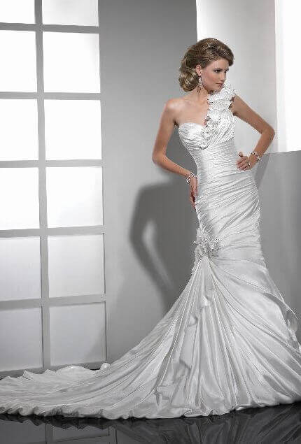 Sottero and Midgley – Size 8 Fishtail dress | Second hand wedding dresses Diamond Creek - 5