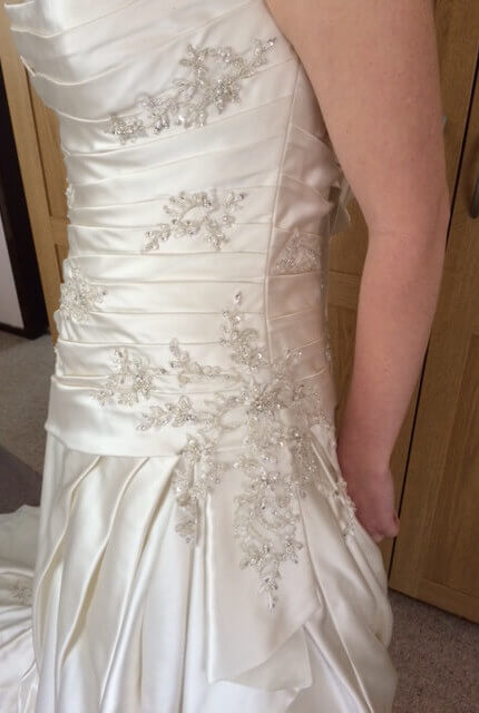 Briony Leigh – Size 12 A-Line dress | Second hand wedding dresses Illawong - 2