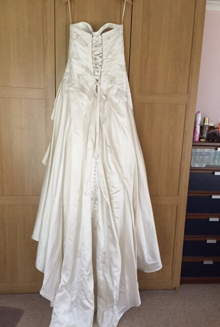 Briony Leigh – Size 12 A-Line dress | Second hand wedding dresses Illawong - 4
