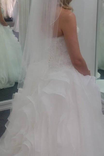 Pronovias – Size 10 Ball Gown dress | Second hand wedding dresses Miranda - 3