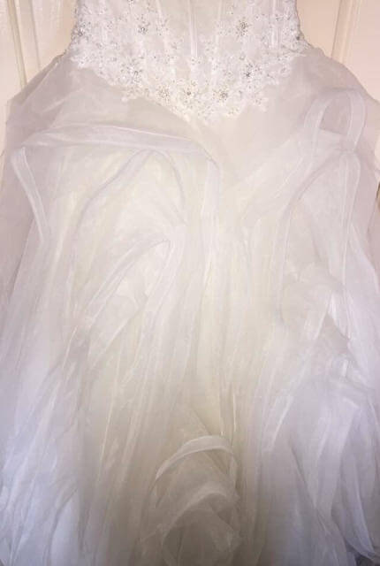 Pronovias – Size 10 Ball Gown dress | Second hand wedding dresses Miranda - 6