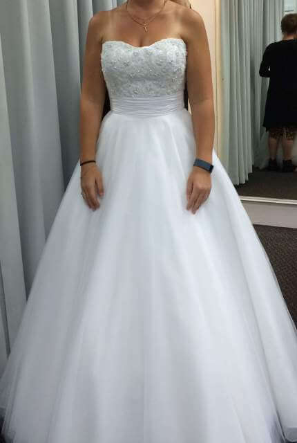 Angeline – Size 8 A-Line dress | Second hand wedding dresses Currambine - 4