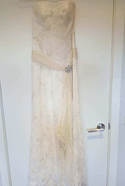 Luci Di Bella – Size 10 Vintage dress | Second hand wedding dresses Mount Waverley - 2
