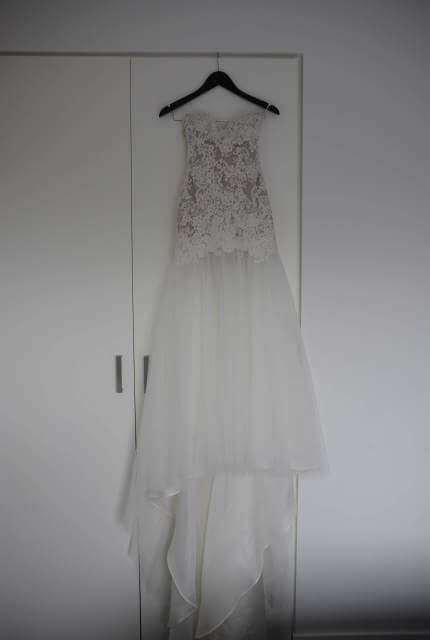 Oglia-Loro – Size 6 Strapless dress | Second hand wedding dresses Bell Park - Size 6