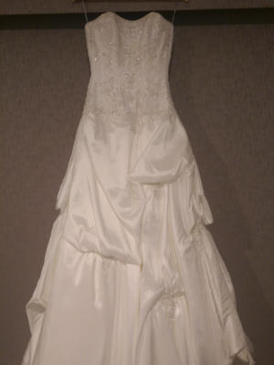 Maggie Sottero – Size 8 – Clyde North - 4
