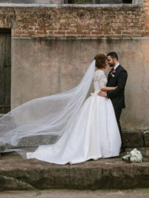 La Sposa – Size 8 Ball Gown dress | Second hand wedding dresses Penrith - 3