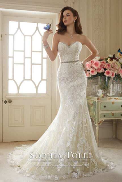 Sophia Tolli – Size 10 Sheath dress | Second hand wedding dresses Chirnside Park - Size 10