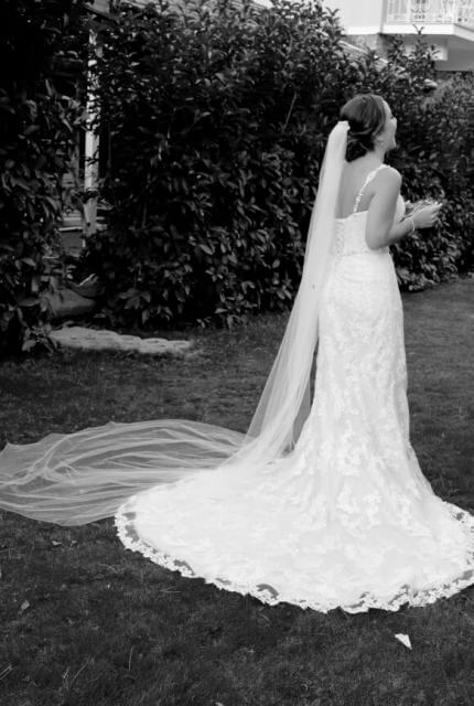 Sophia Tolli – Size 10 Sheath dress | Second hand wedding dresses Chirnside Park - 3