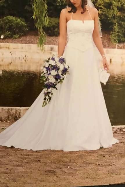 Cupids Bridal – Size 10 Two Piece dress   Second hand wedding dresses Roxby Downs - Size 10