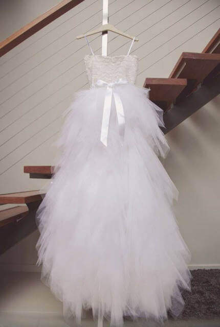 Oscar de la Renta – Size 6 Ball Gown dress | Second hand wedding dresses North Sydney - 4
