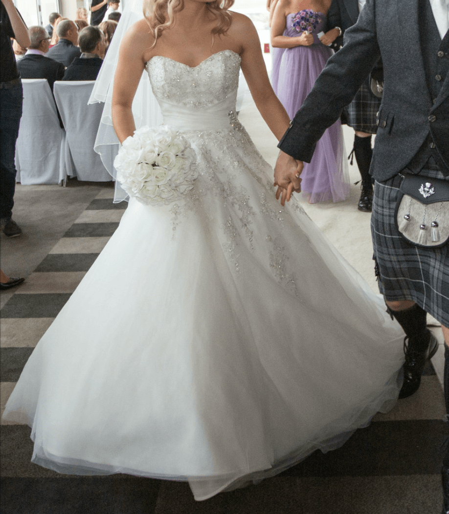 Second Hand Wedding Gown