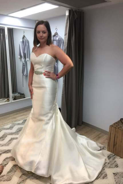 Enzoani – Size 8 Trumpet dress | Second hand wedding dresses Douglas - 3