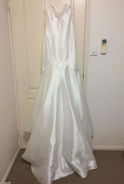 Enzoani – Size 8 Trumpet dress | Second hand wedding dresses Douglas - 6