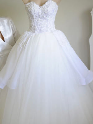 Personalised Weddings Couture – Size 8 Ball Gown dress | Second hand wedding dresses Brighton Le sands - 4