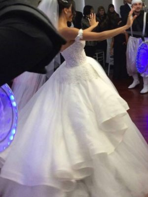 Personalised Weddings Couture – Size 8 Ball Gown dress | Second hand wedding dresses Brighton Le sands - 2