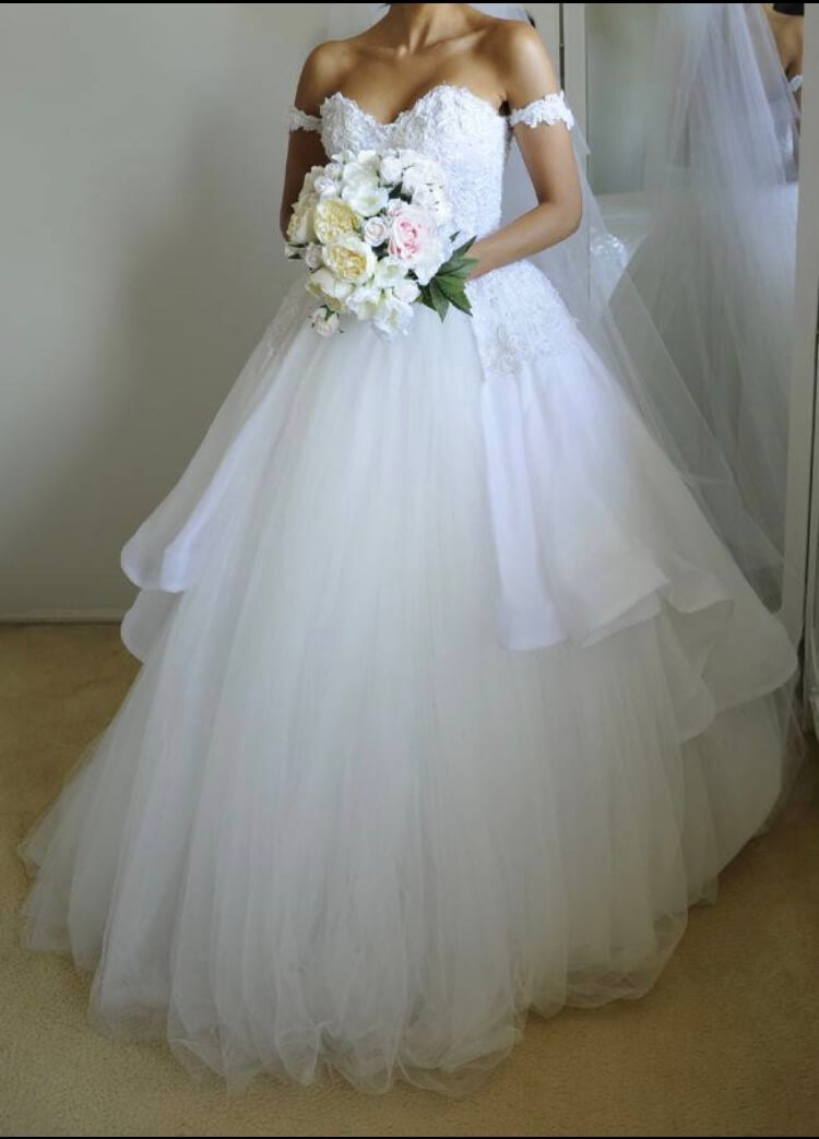 Personalised Weddings Couture – Size 8 Ball Gown dress | Second hand wedding dresses Brighton Le sands - Size 8