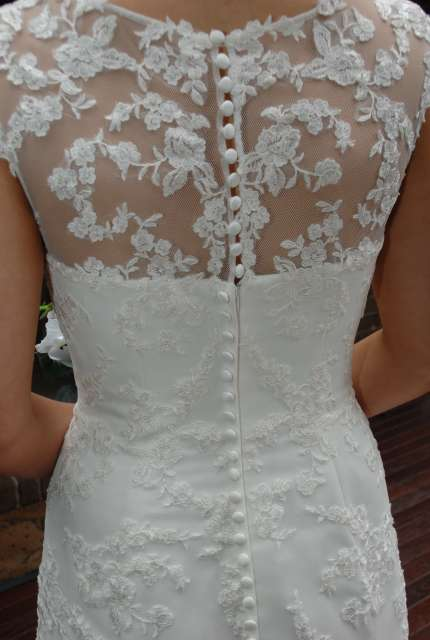 Moir – Size 12 Fit and Flare dress   Second hand wedding dresses Ferntree Gully - 5