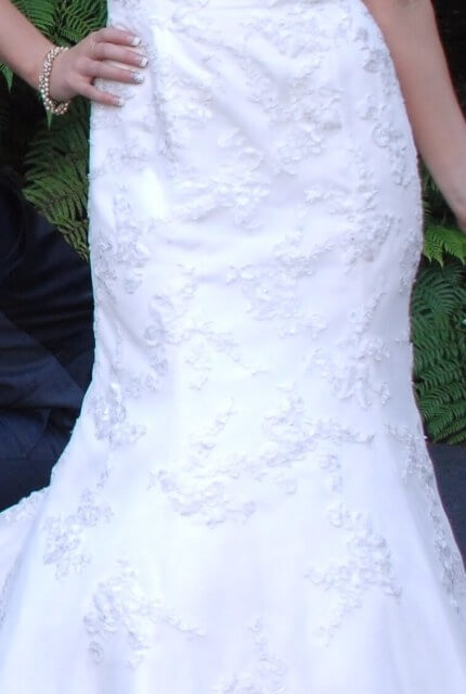 Moir – Size 12 Fit and Flare dress   Second hand wedding dresses Ferntree Gully - 2