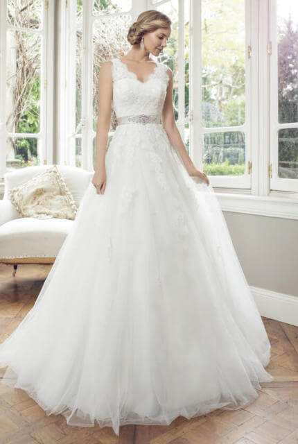 Luv Bridal – Size 10 A-Line dress | Second hand wedding dresses Robina - Size 10