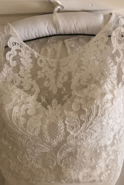 Helen English – Size 6 Fishtail dress | Second hand wedding dresses Elizabeth Bay - Size 6