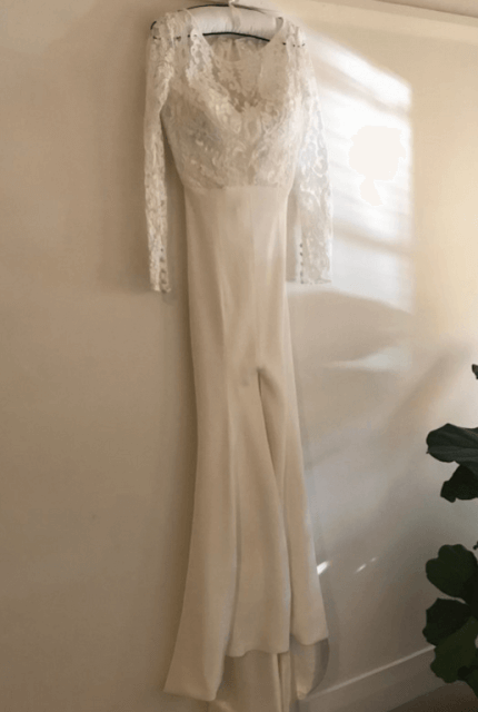 Helen English – Size 6 Fishtail dress | Second hand wedding dresses Elizabeth Bay - 4