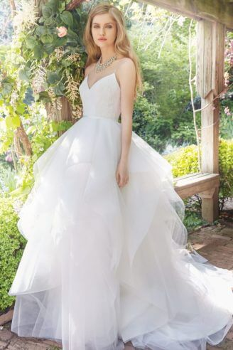Alvina Valenta – Size 6 A-Line dress | Second hand wedding dresses Carseldine - 9