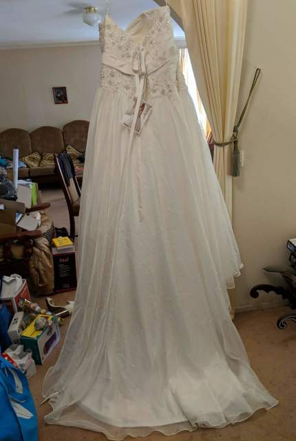 Stella York – Size 22 A-Line dress | Second hand wedding dresses Christie Beach - 4
