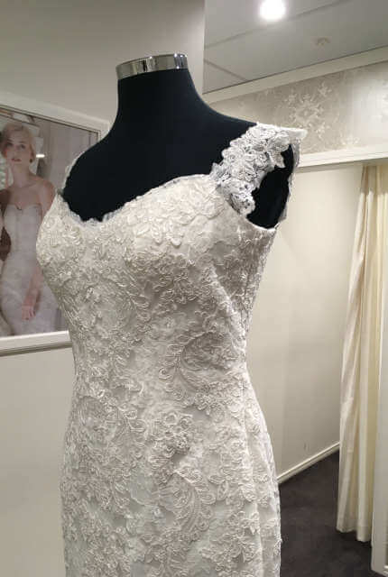 Ellis Bridal – Size 14 Sheath dress | Second hand wedding dresses Penrith - 5
