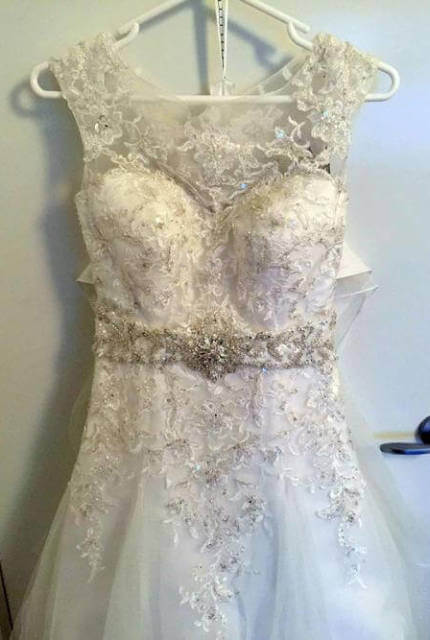 Mia Solano – Size 8 A-Line dress | Second hand wedding dresses Heidelberg Heights - 2